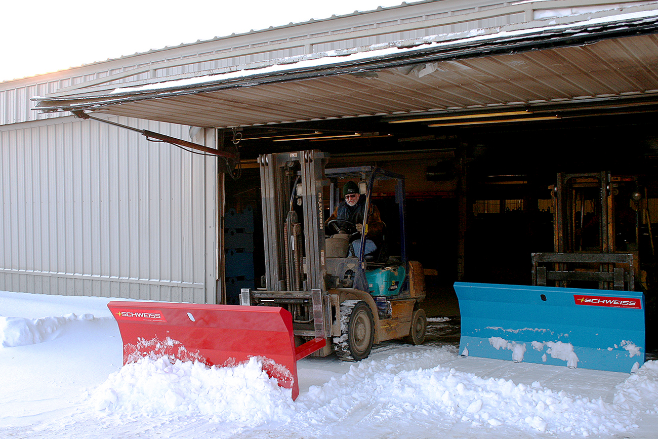 forklift snow pusher